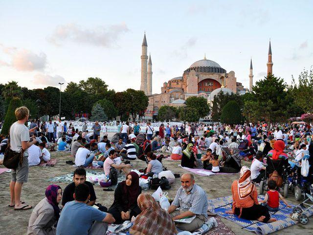 fiatal Ramadan vérszegénység