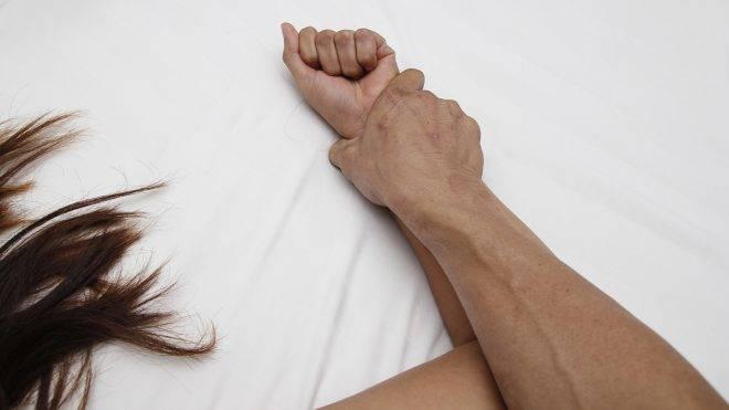 tartsa távol a zaklatókat az emberektől hónalji kezelés alatt lévő papillómák