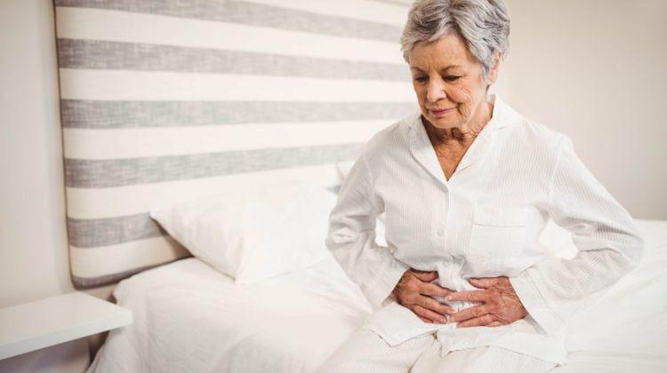 Időskori vastag- és végbélbélrák kezelése