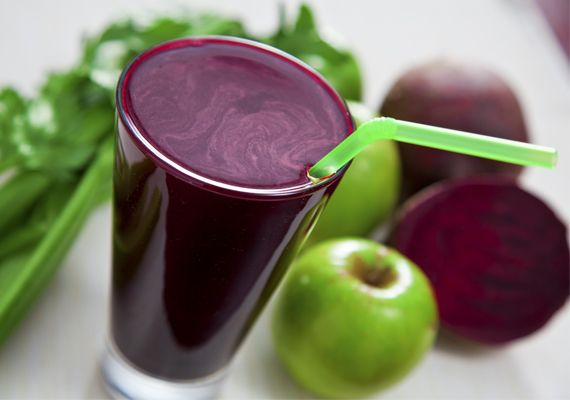 természetes méregtelenítő gyümölcslevek