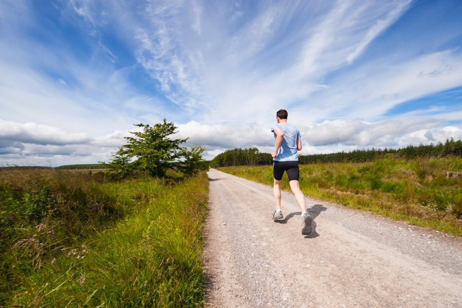 futni az emberekkel
