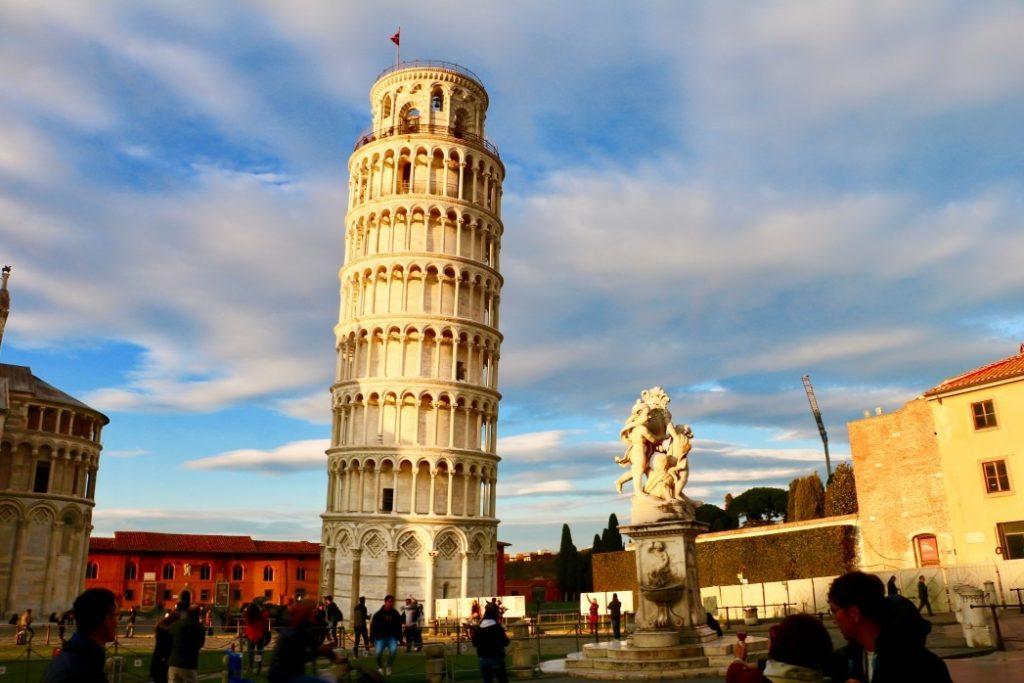 Kiderült, ki építette a pisai ferde tornyot - AzÜzlet