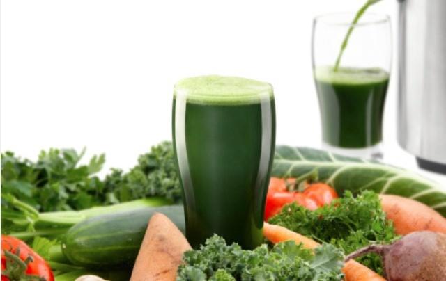 3 méregtelenítő ital, a legerősebb zsírégető vitaminokkal: 3 nap alatt leapasztják a hasat